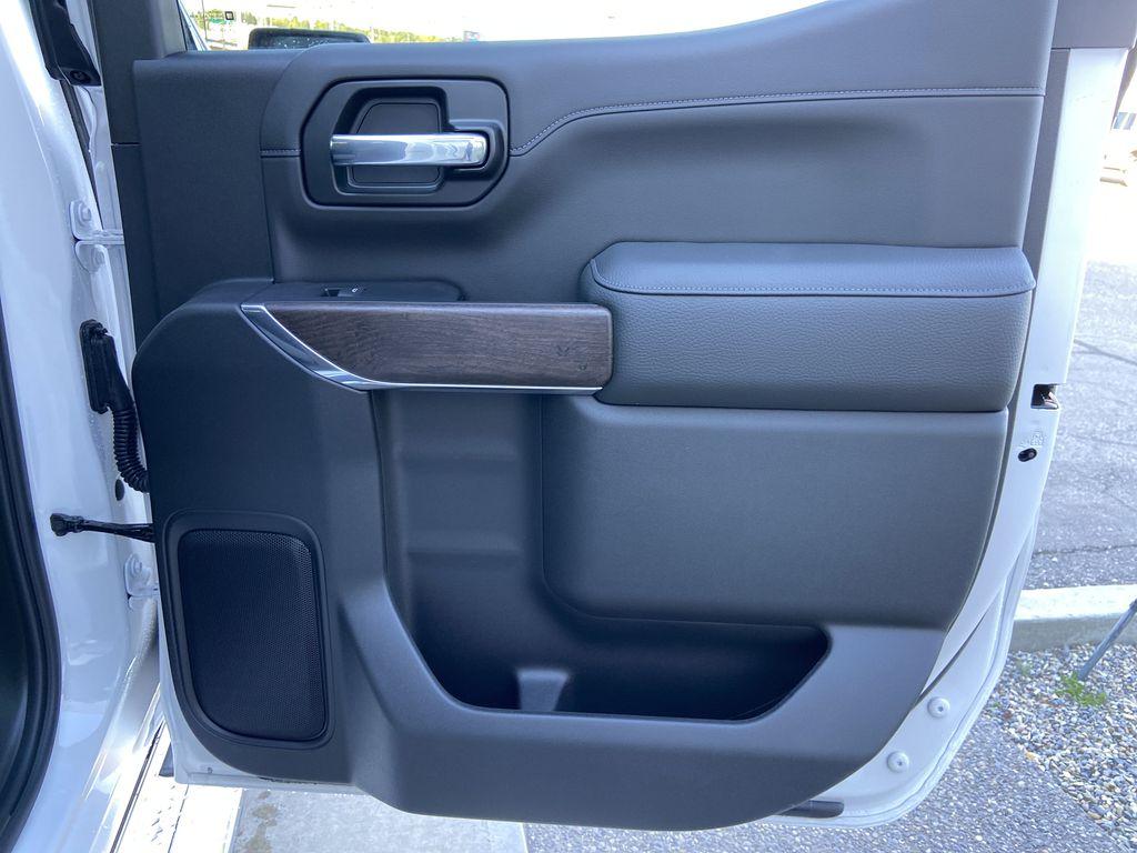 White[White Frost Tricoat] 2021 GMC Sierra 1500 Denali Right Rear Interior Door Panel Photo in Calgary AB