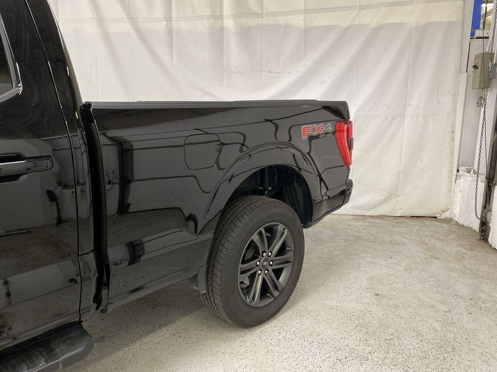 Black[Agate Black Metallic] 2021 Ford F-150 Left Rear Corner Photo in Dartmouth NS