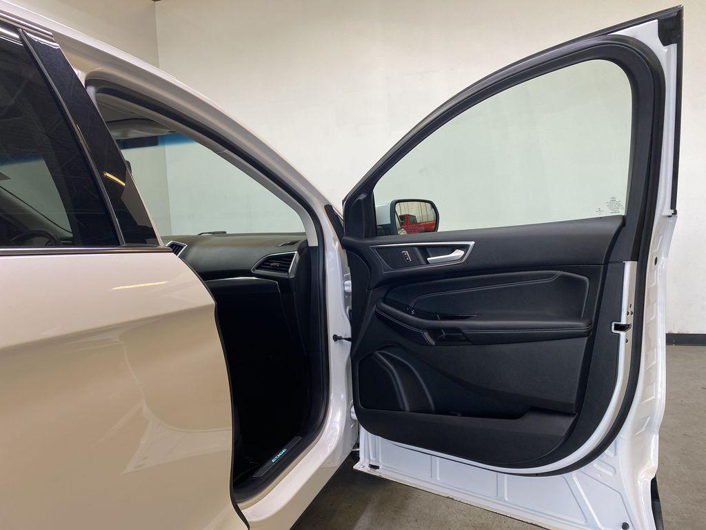 WHITE 2017 Ford Edge Titanium - NAV, Apple CarPlay, Remote Start Right Front Interior Door Panel Photo in Edmonton AB