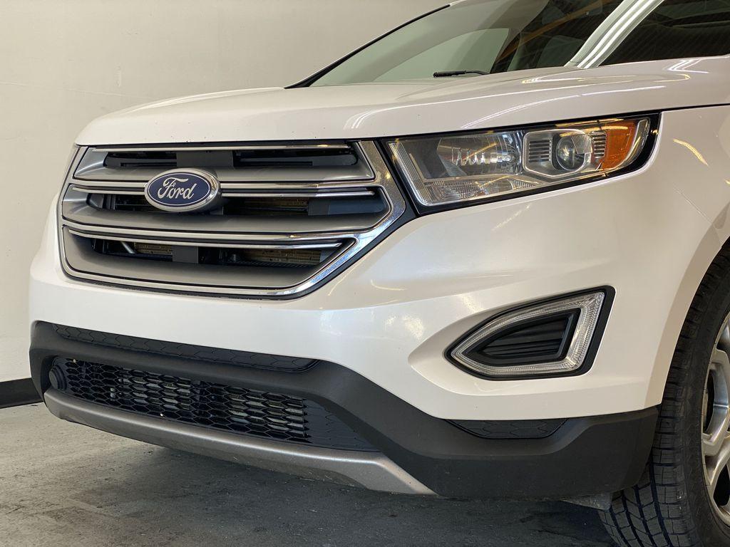 WHITE 2017 Ford Edge Titanium - NAV, Apple CarPlay, Remote Start Left Front Head Light / Bumper and Grill in Edmonton AB