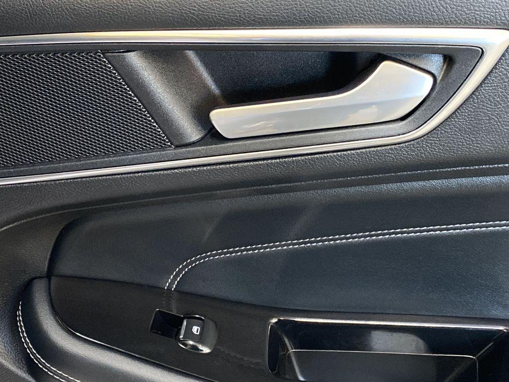 WHITE 2017 Ford Edge Titanium - NAV, Apple CarPlay, Remote Start Passenger Rear Door Controls Photo in Edmonton AB