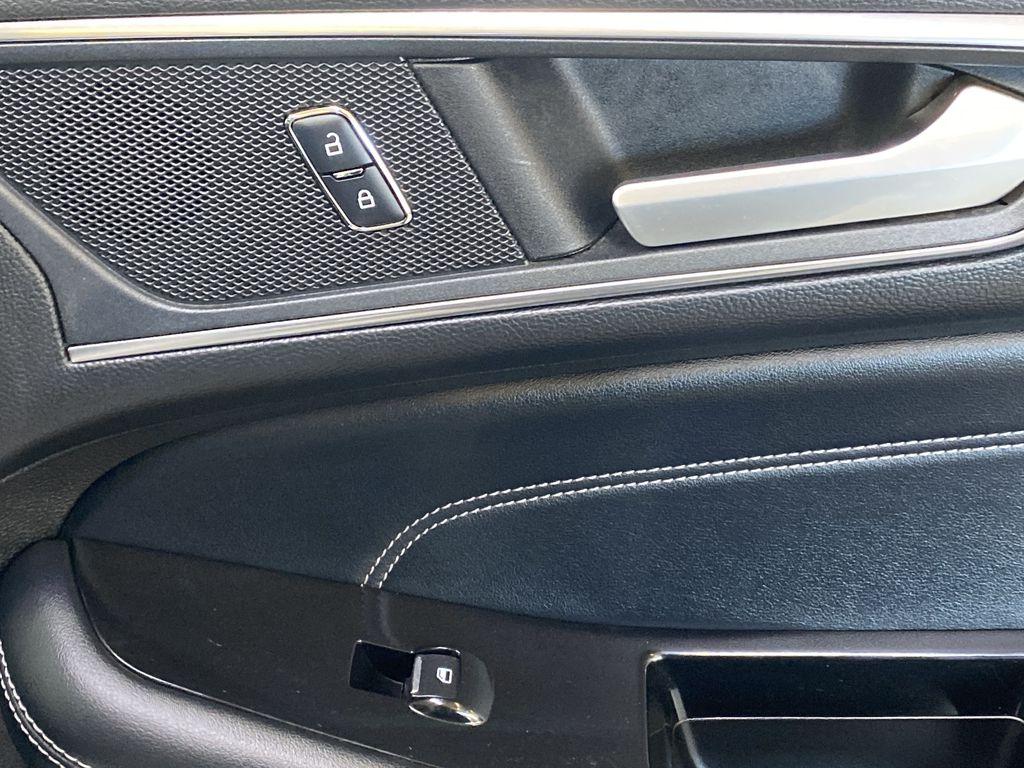 WHITE 2017 Ford Edge Titanium - NAV, Apple CarPlay, Remote Start Passenger Front Door Controls Photo in Edmonton AB