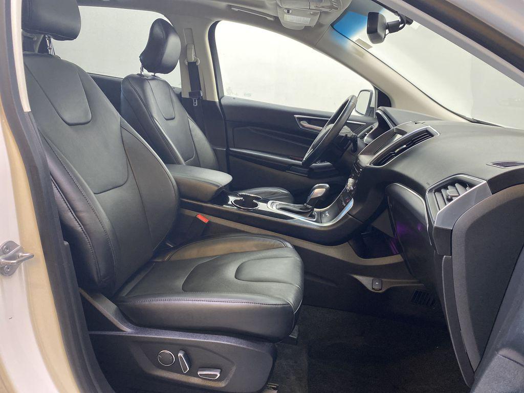 WHITE 2017 Ford Edge Titanium - NAV, Apple CarPlay, Remote Start Right Side Front Seat  Photo in Edmonton AB