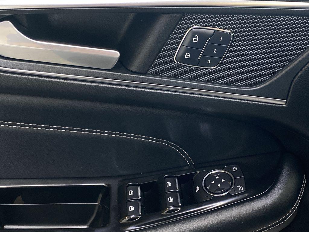 WHITE 2017 Ford Edge Titanium - NAV, Apple CarPlay, Remote Start  Driver's Side Door Controls Photo in Edmonton AB