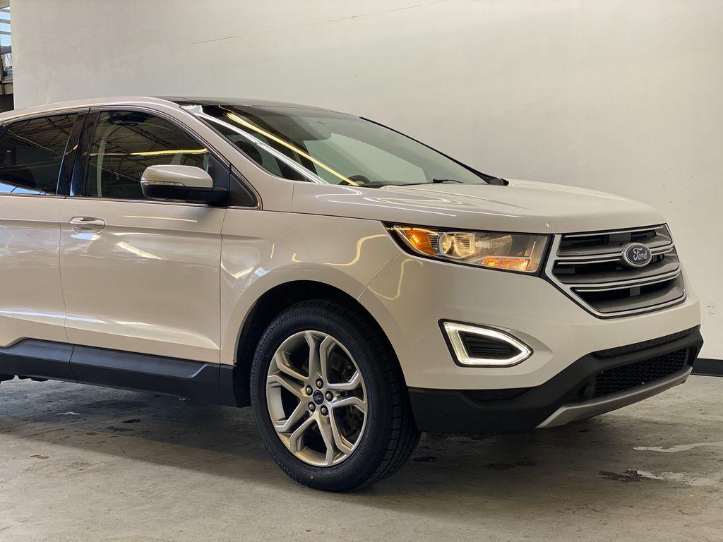 WHITE 2017 Ford Edge Titanium - NAV, Apple CarPlay, Remote Start Right Front Corner Photo in Edmonton AB