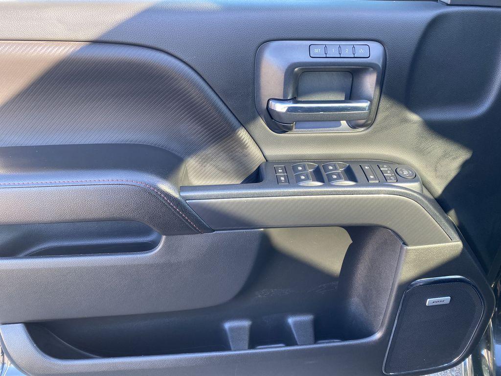 Gray[Dark Slate Metallic] 2018 GMC Sierra 1500 Left Front Interior Door Panel Photo in Edmonton AB