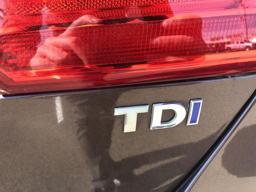 Brown[Toffee Brown Metallic] 2012 Volkswagen Jetta Sedan Trim Specific Photo in Edmonton AB