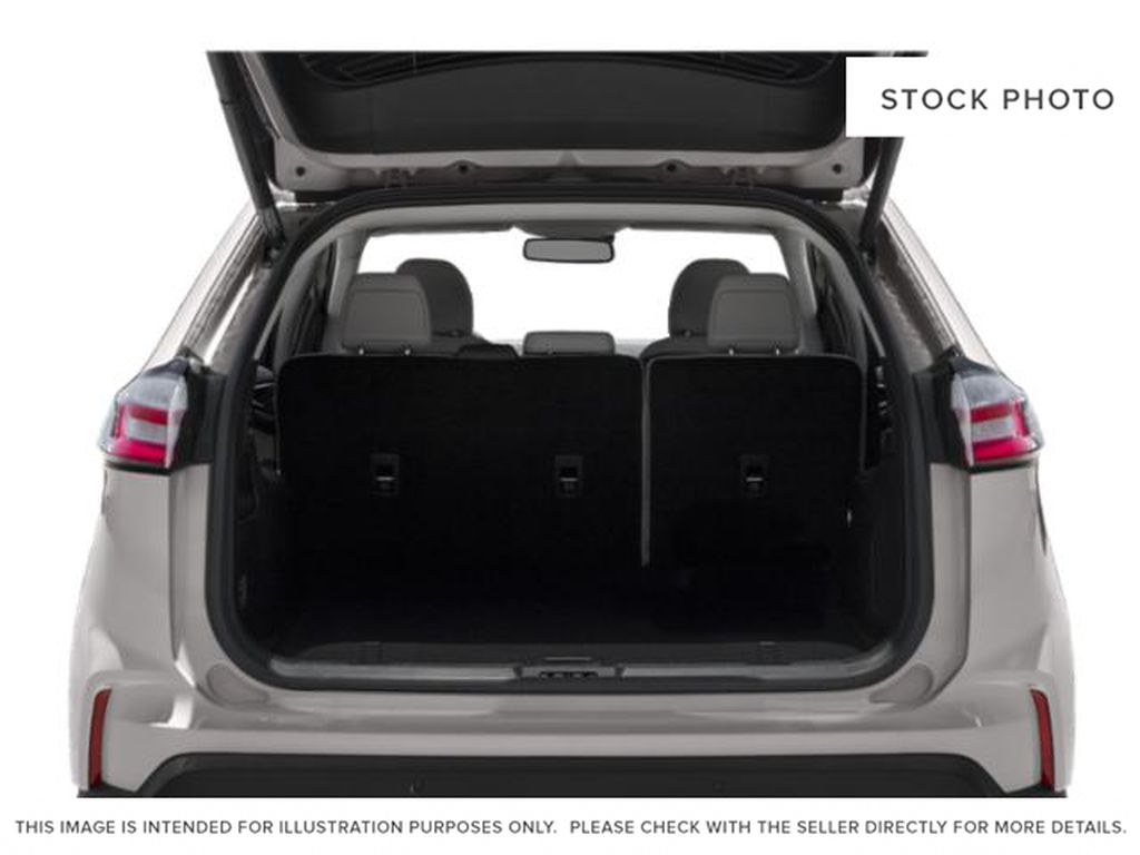 White[Oxford White] 2019 Ford Edge Trunk / Cargo Area Photo in Fort Macleod AB