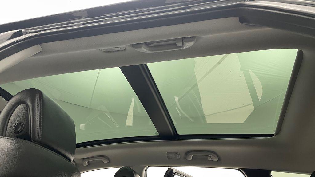 Black[Twilight Black] 2017 Hyundai Santa Fe Sport Limited 2.0T AWD - Panoramic Roof, Leather Headliner / Equipment Photo in Winnipeg MB