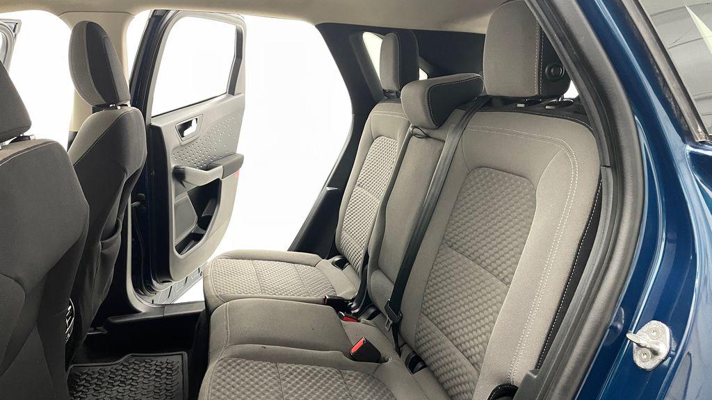 Blue[Blue Metallic] 2020 Ford Escape SE AWD - Apple CarPlay / Android Auto, Bluetooth Left Side Rear Seat  Photo in Winnipeg MB