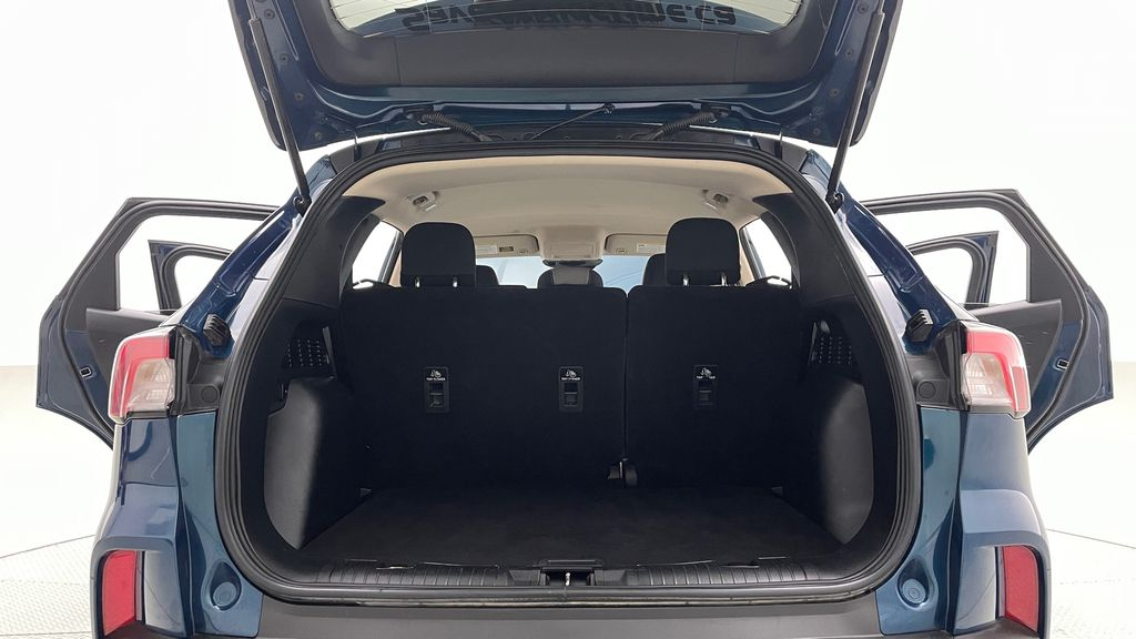 Blue[Blue Metallic] 2020 Ford Escape SE AWD - Apple CarPlay / Android Auto, Bluetooth Trunk / Cargo Area Photo in Winnipeg MB