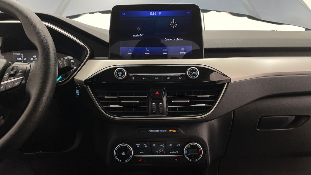 Blue[Blue Metallic] 2020 Ford Escape SE AWD - Apple CarPlay / Android Auto, Bluetooth Additional Photo 3 in Winnipeg MB