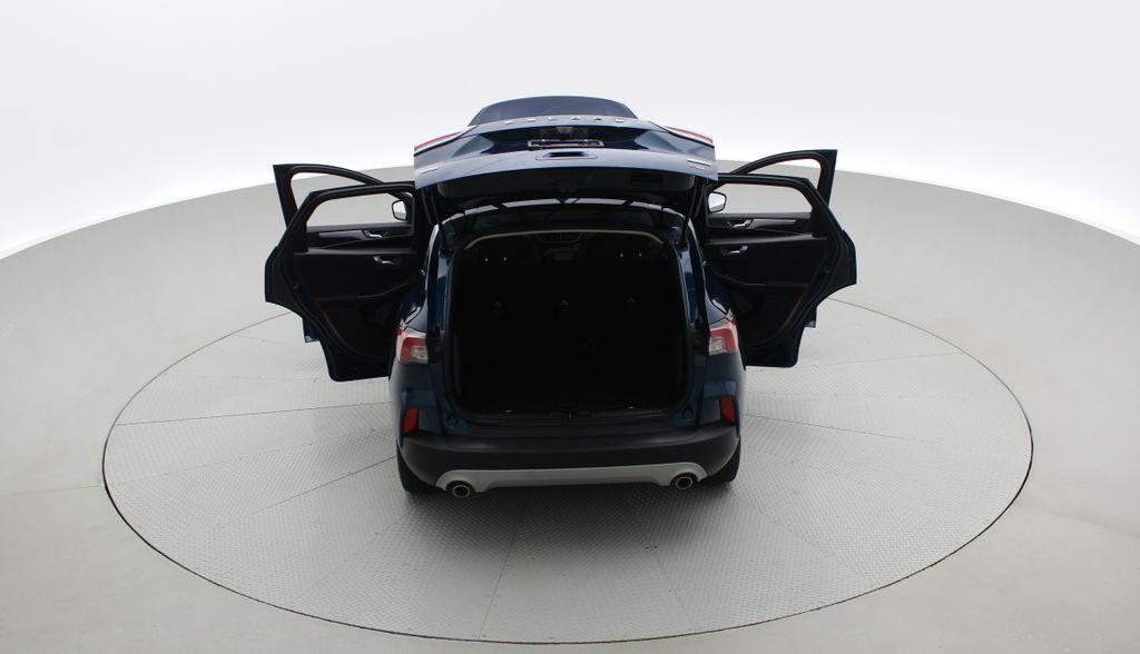 Blue[Blue Metallic] 2020 Ford Escape SE AWD - Apple CarPlay / Android Auto, Bluetooth Rear of Vehicle Photo in Winnipeg MB