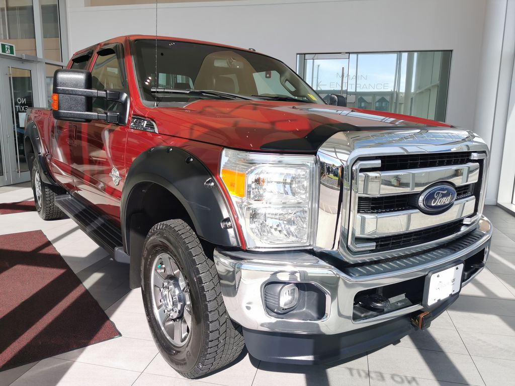 Red[Race Red] 2016 Ford Super Duty F-350 SRW Right Front Corner Photo in Edmonton AB