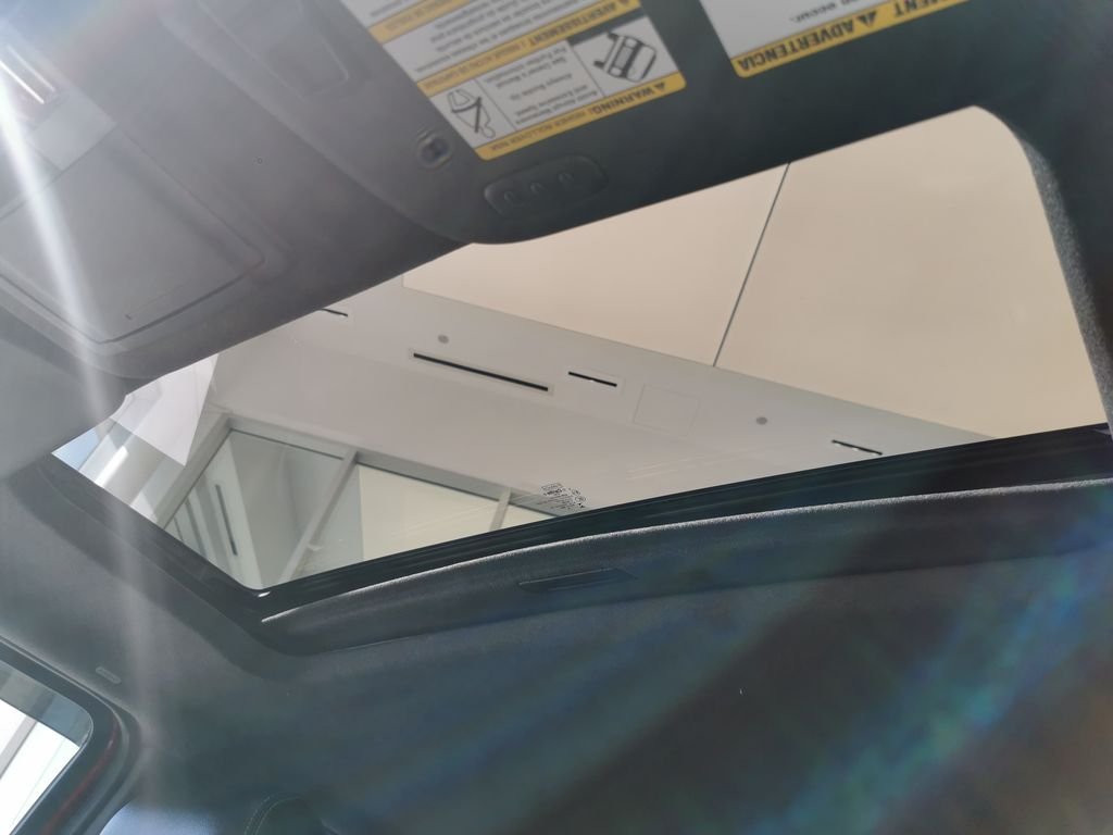 Red[Race Red] 2016 Ford Super Duty F-350 SRW Sunroof Photo in Edmonton AB