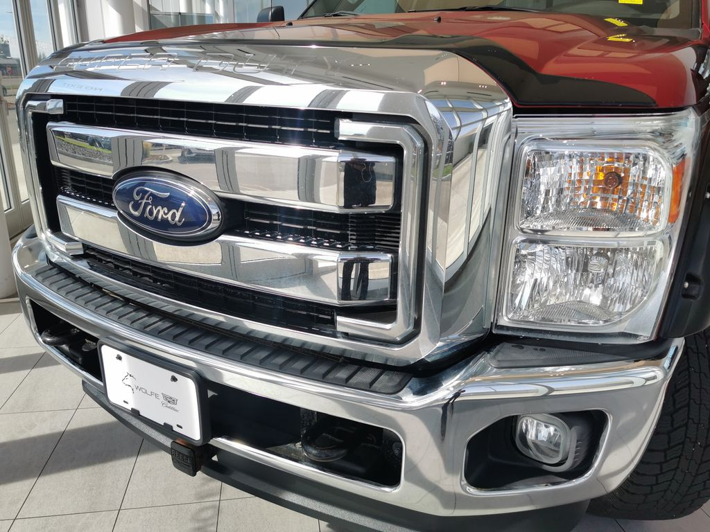 Red[Race Red] 2016 Ford Super Duty F-350 SRW Left Front Head Light / Bumper and Grill in Edmonton AB