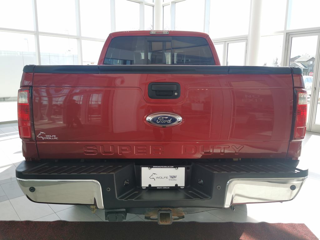 Red[Race Red] 2016 Ford Super Duty F-350 SRW Rear of Vehicle Photo in Edmonton AB