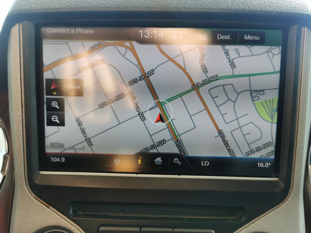 Red[Race Red] 2016 Ford Super Duty F-350 SRW Navigation Screen Closeup Photo in Edmonton AB