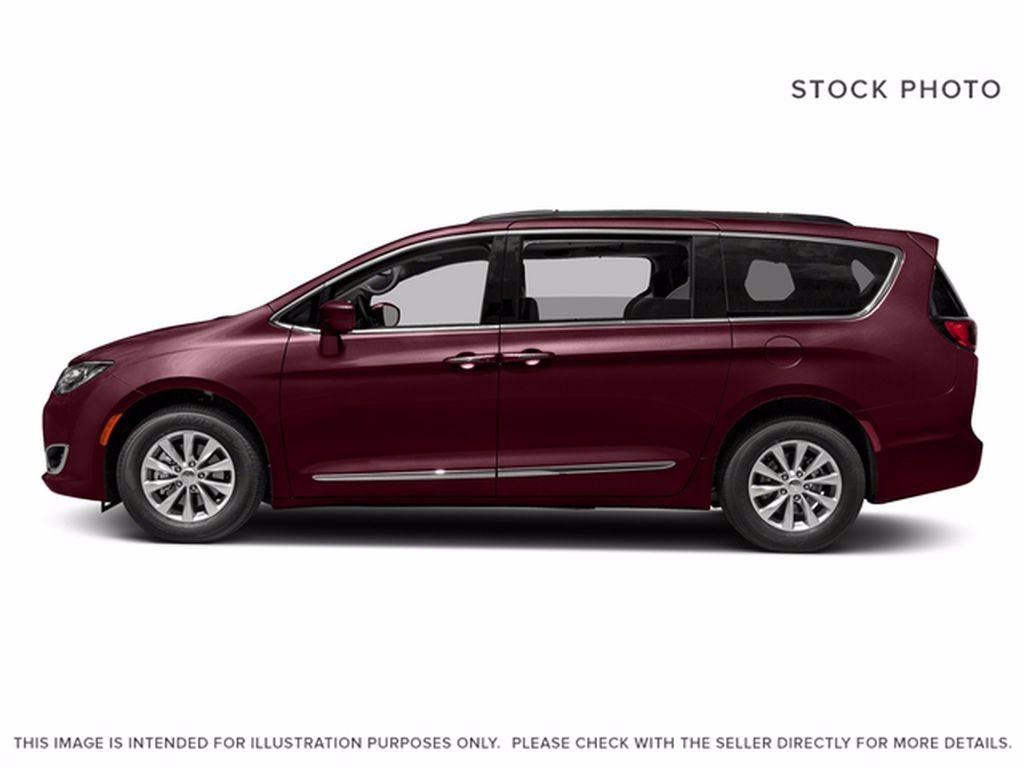 Red[Velvet Red Pearl] 2017 Chrysler Pacifica Left Front Interior Photo in Brandon MB