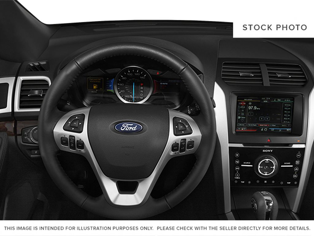 2013 Ford Explorer Steering Wheel and Dash Photo in Medicine Hat AB