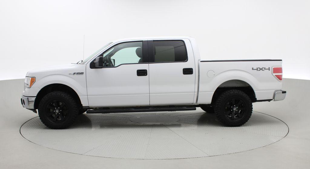 White[Oxford White] 2014 Ford F-150 XLT 4WD - SuperCrew, Black Alloys, Duratracs, 5.0L V8 Left Side Photo in Winnipeg MB
