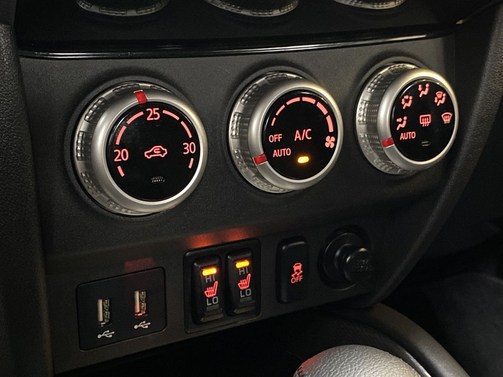 GRAY 2020 Mitsubishi RVR SE - Hail Sale!! Priced To Sell!! Central Dash Options Photo in Edmonton AB