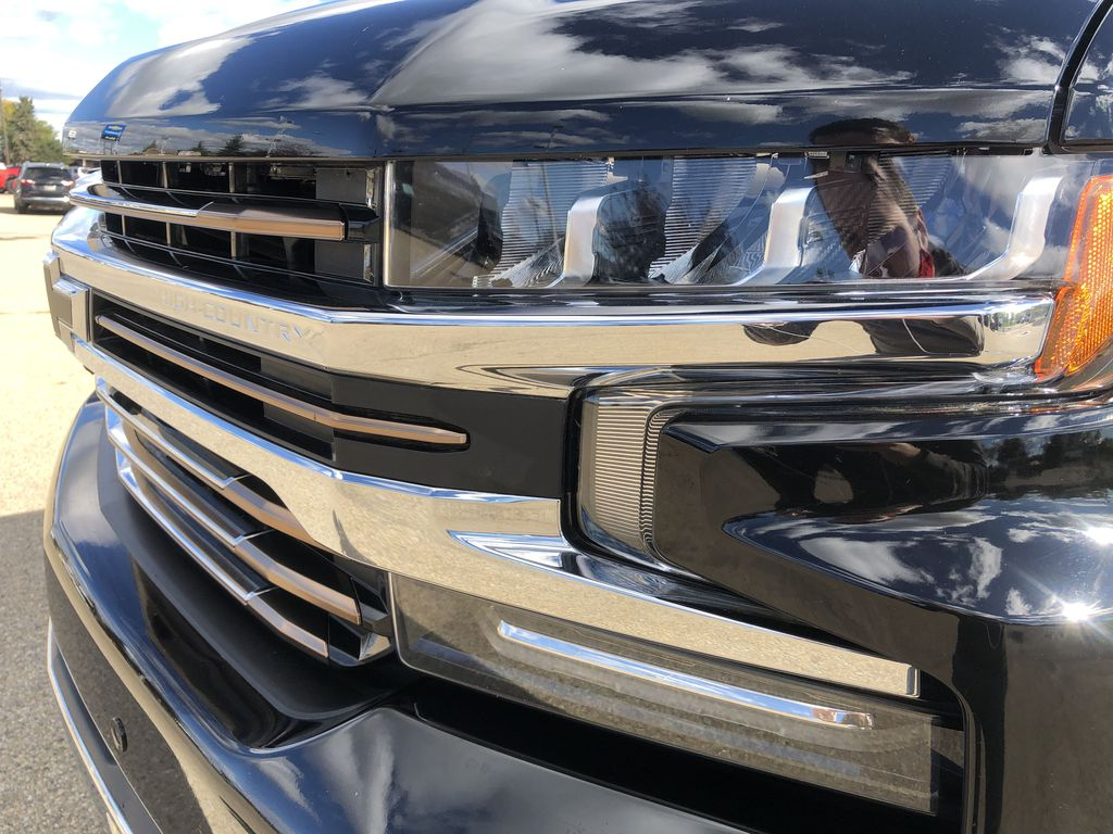 Black[Black] 2019 Chevrolet Silverado 1500 Left Front Head Light / Bumper and Grill in Edmonton AB