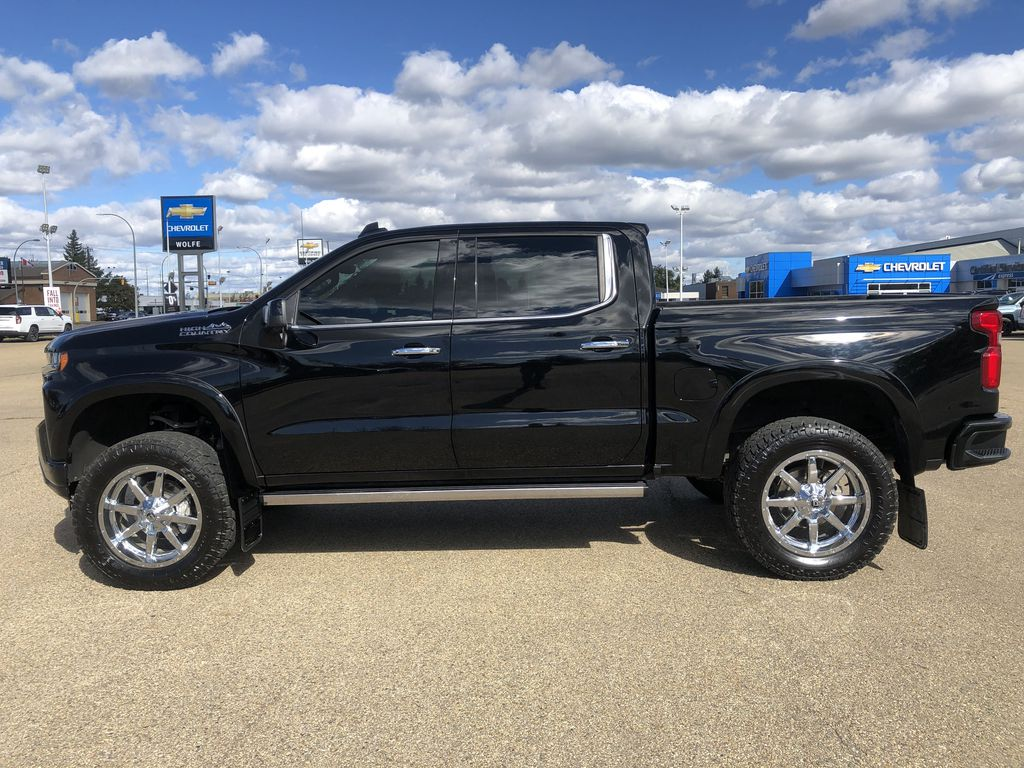 Black[Black] 2019 Chevrolet Silverado 1500 Left Side Photo in Edmonton AB