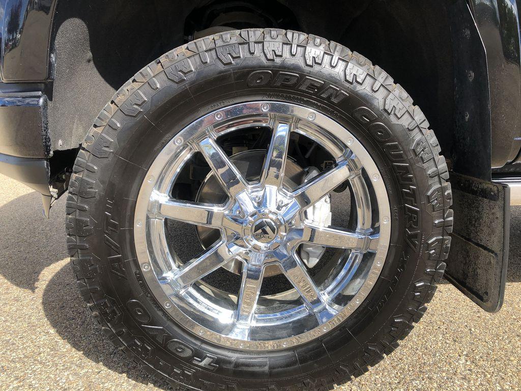 Black[Black] 2019 Chevrolet Silverado 1500 Left Front Rim and Tire Photo in Edmonton AB