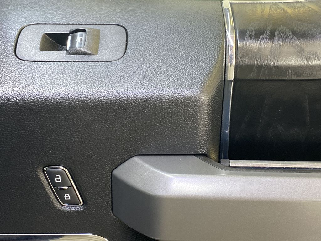 WHITE 2019 Ford Super Duty F-350 SRW Platinum - 360º Camera, Massage Seats, 5th Wheel Hitch Passenger Front Door Controls Photo in Edmonton AB