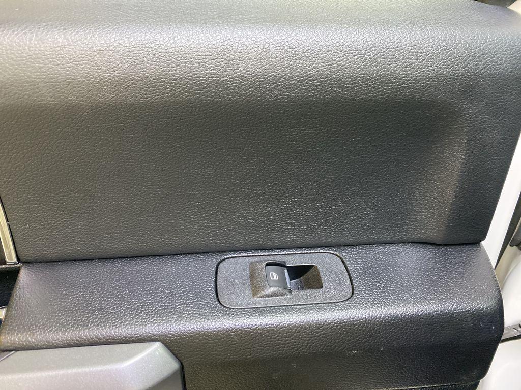 WHITE 2019 Ford Super Duty F-350 SRW Platinum - 360º Camera, Massage Seats, 5th Wheel Hitch LR Door Panel Ctls Photo in Edmonton AB