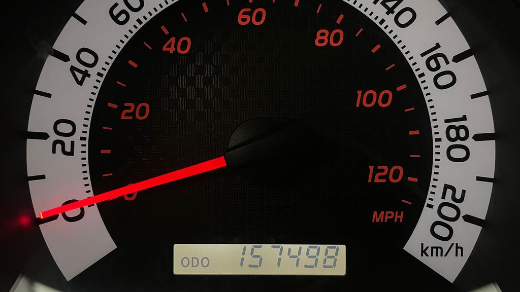 White[Alpine White] 2012 Toyota Tacoma Base 4WD - Double Cab, 4.0L V6, Fiberglass Tonneau Odometer Photo in Winnipeg MB