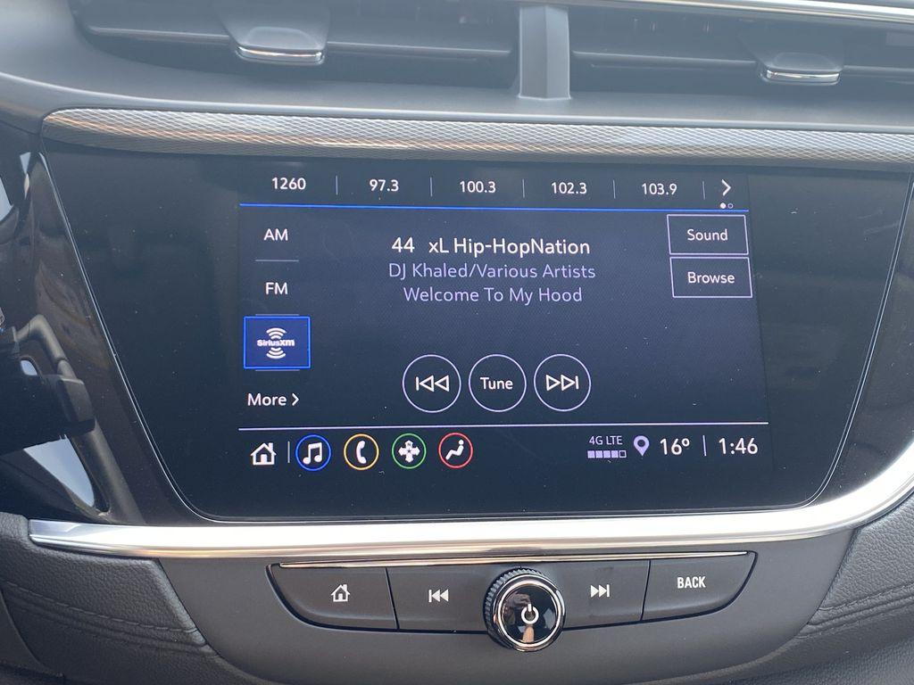 Blue[Sapphire Metallic] 2022 Buick Encore GX Radio Controls Closeup Photo in Edmonton AB