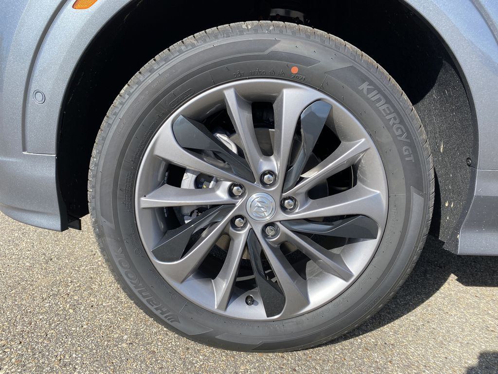 Gray[Satin Steel Metallic] 2022 Buick Encore GX Left Front Rim and Tire Photo in Edmonton AB