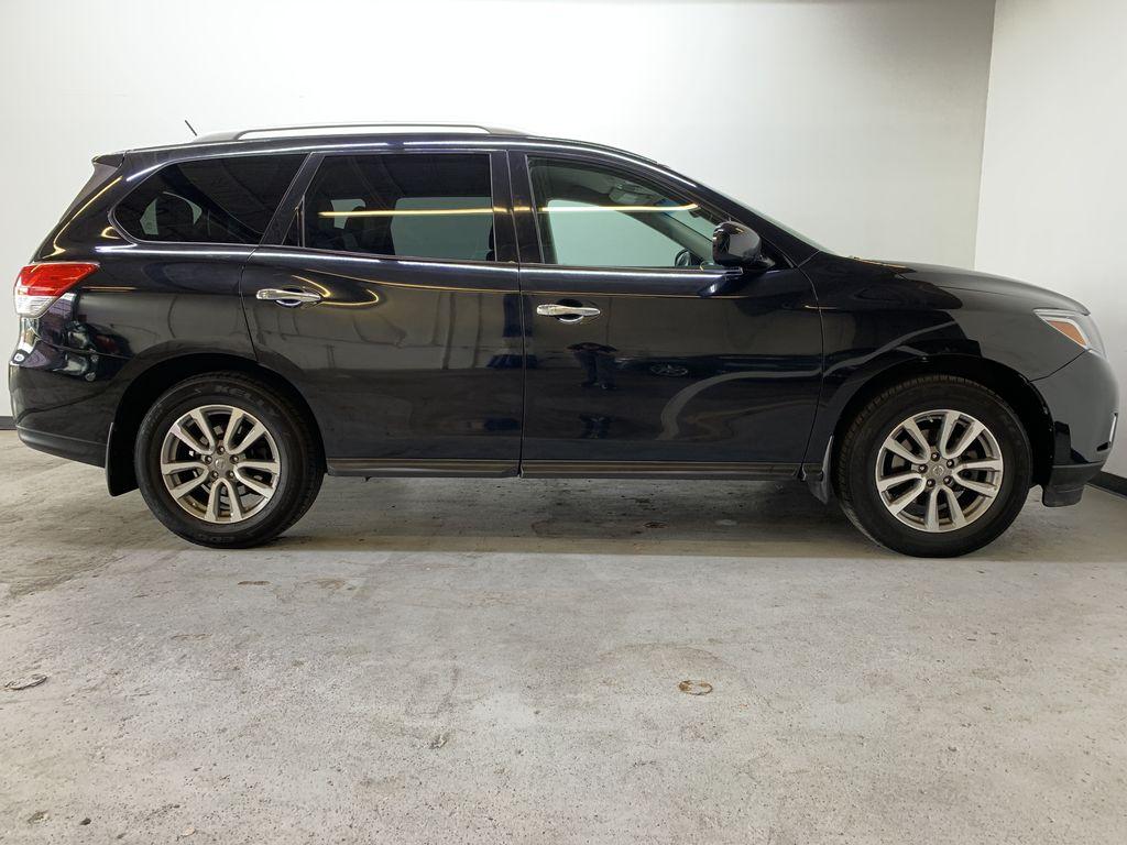 BLACK 2015 Nissan Pathfinder SV - Bluetooth, Remote Start, Backup Cam, 7 Seats, Leather, XM Right Side Photo in Edmonton AB