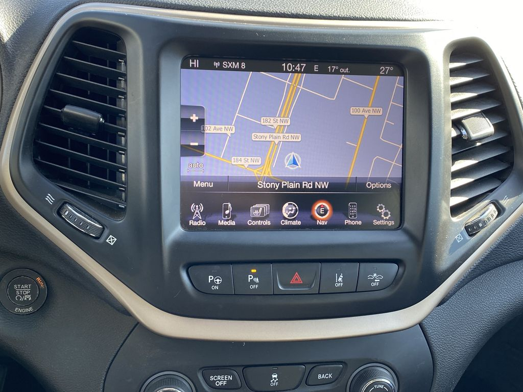 White[Bright White Clearcoat] 2014 Jeep Cherokee Navigation Screen Closeup Photo in Edmonton AB