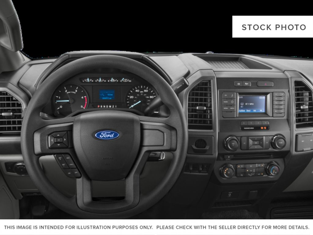 Black[Shadow Black] 2017 Ford Super Duty F-350 DRW Steering Wheel and Dash Photo in Fort Macleod AB