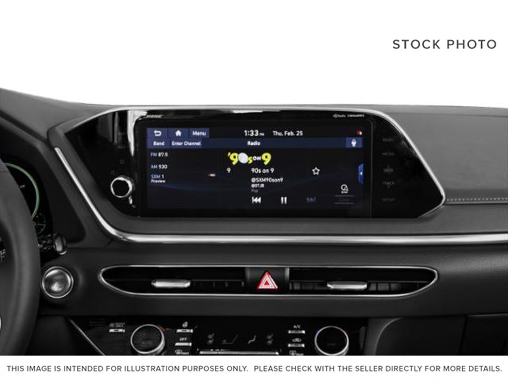 Silver[Shimmering Silver] 2022 Hyundai Sonata Hybrid Radio Controls Closeup Photo in Ottawa ON
