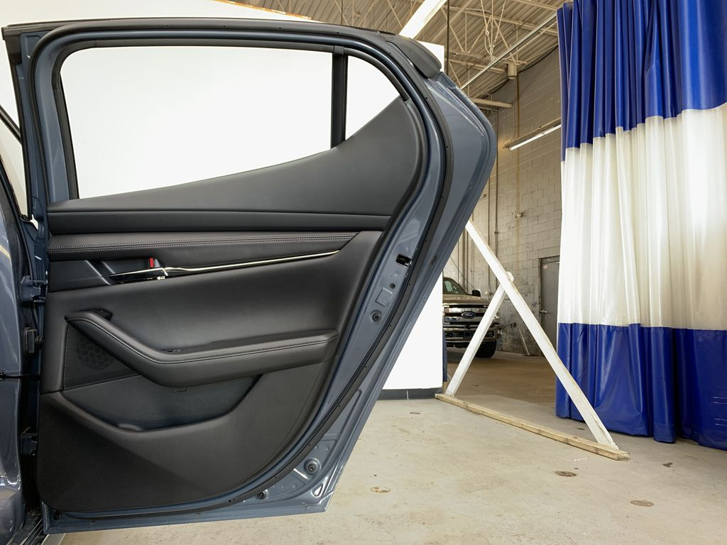 POLYMETAL GREY METALLIC(47C) 2021 Mazda Mazda3 Sport GT Turbo Premium AWD Right Rear Interior Door Panel Photo in Edmonton AB