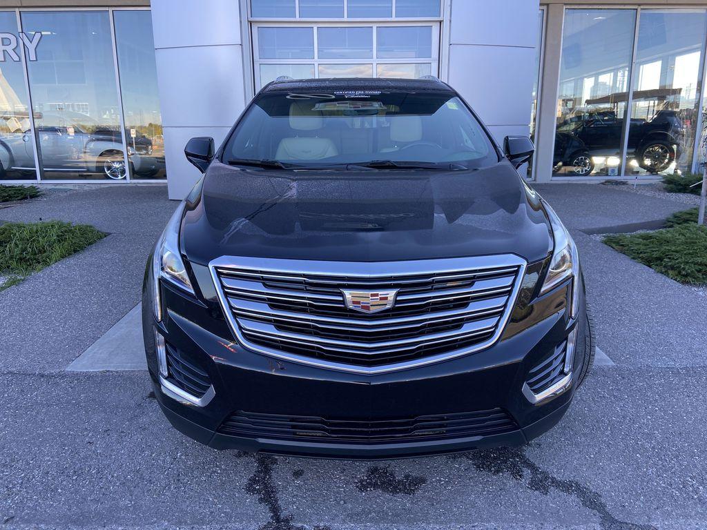 Black[Manhattan Noir Metallic] 2019 Cadillac XT5 Front Vehicle Photo in Calgary AB