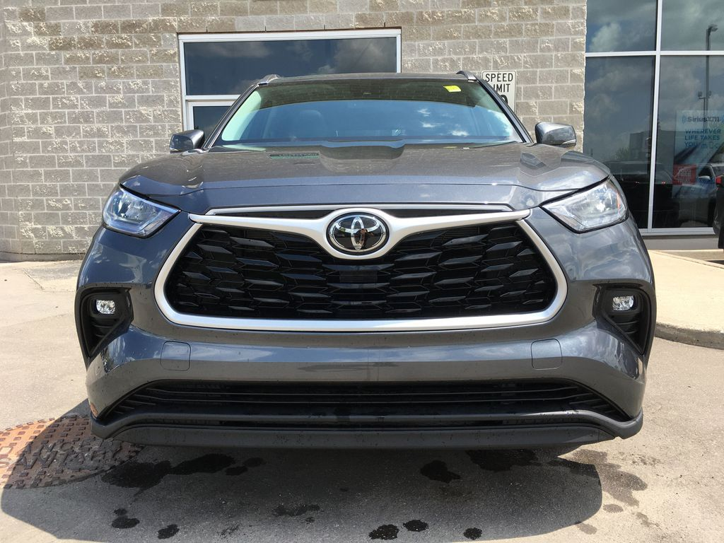 Gray[Magnetic Grey Metallic] 2021 Toyota Highlander AWD XLE Package GZRBHT AM Left Side Photo in Brampton ON