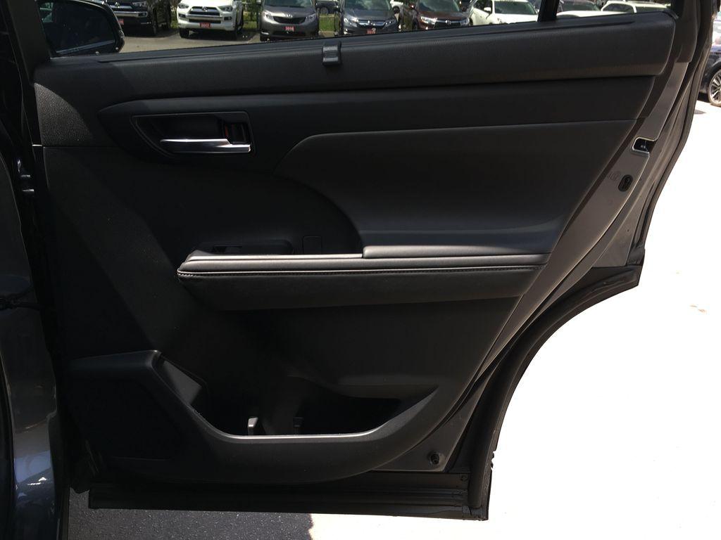 Gray[Magnetic Grey Metallic] 2021 Toyota Highlander AWD XLE Package GZRBHT AM Left Rear Corner Photo in Brampton ON