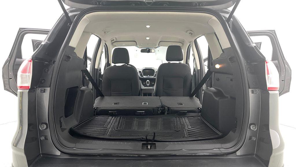 Gray[Sterling Grey Metallic] 2013 Ford Escape SE 4WD - 2.0L EcoBoost, Heated Seats, Alloy Wheels Rear Seat: Cargo/Storage Photo in Winnipeg MB