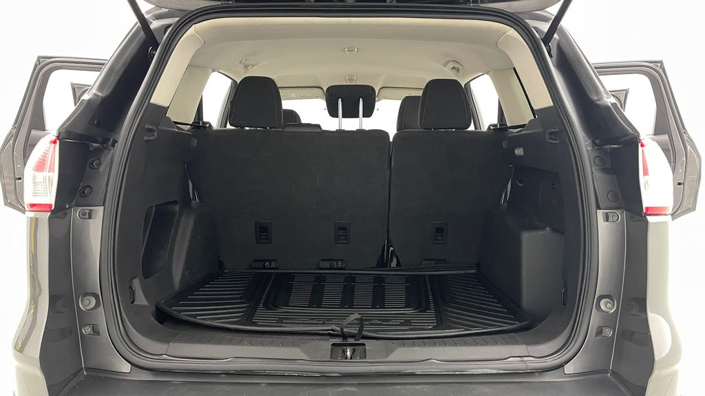 Gray[Sterling Grey Metallic] 2013 Ford Escape SE 4WD - 2.0L EcoBoost, Heated Seats, Alloy Wheels Trunk / Cargo Area Photo in Winnipeg MB