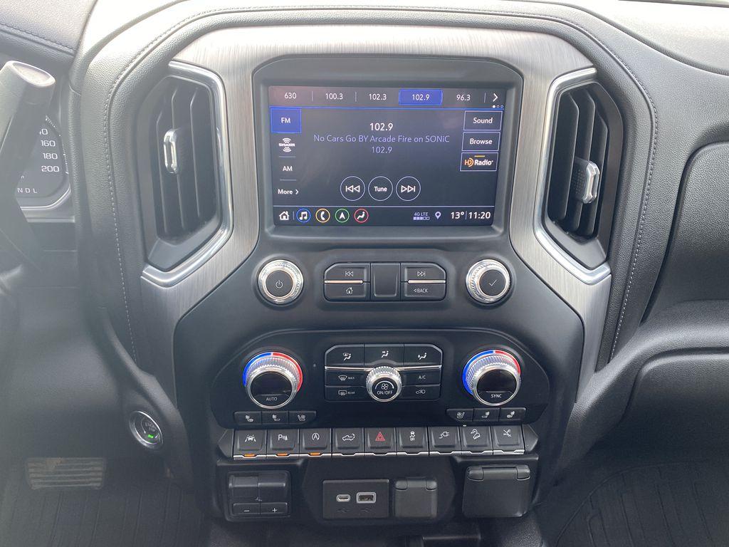 Blue[Pacific Blue Metallic] 2019 GMC Sierra 1500 Central Dash Options Photo in Edmonton AB