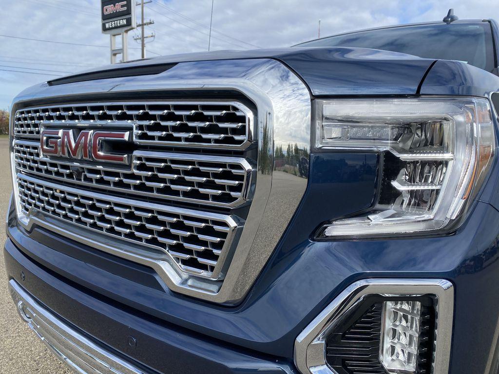 Blue[Pacific Blue Metallic] 2019 GMC Sierra 1500 Left Front Head Light / Bumper and Grill in Edmonton AB
