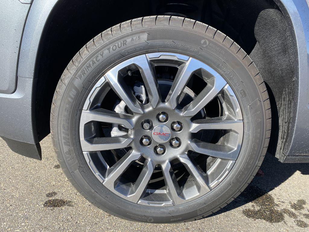 Gray[Satin Steel Metallic] 2022 GMC Acadia Left Front Rim and Tire Photo in Edmonton AB