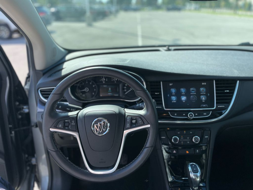 SATIN STEEL 2019 Buick Encore Steering Wheel and Dash Photo in Oshawa ON