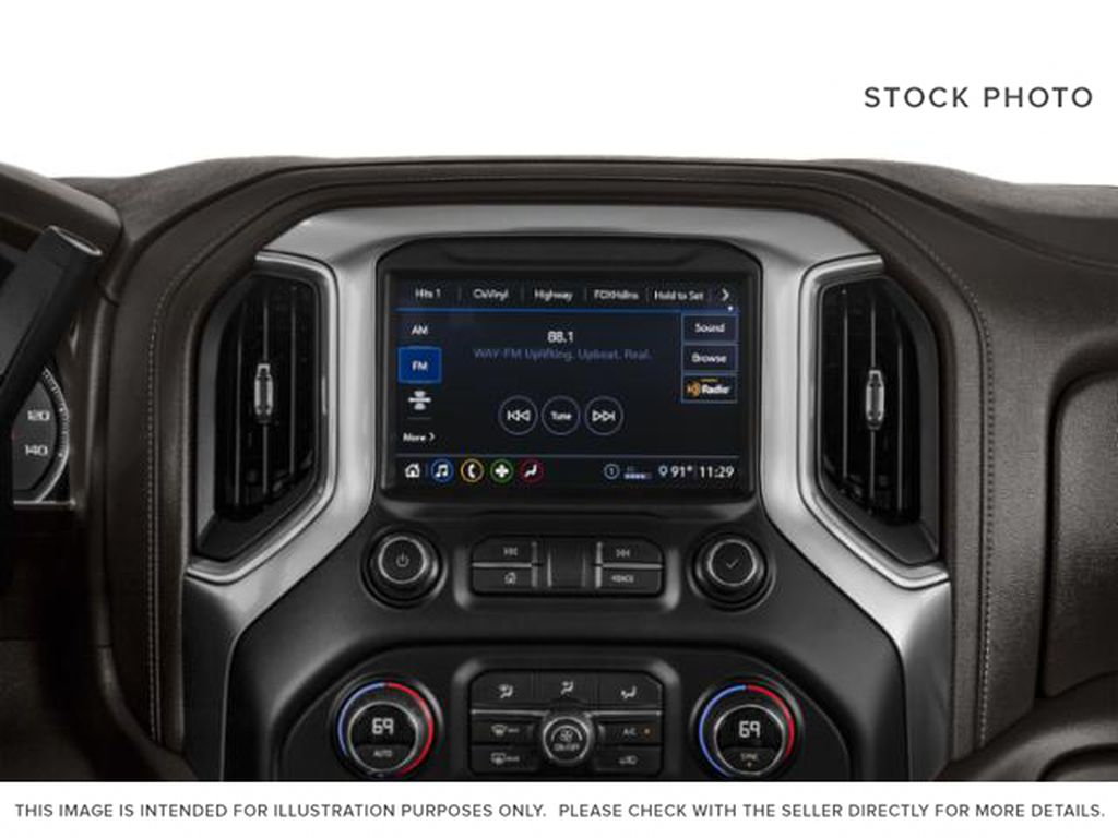 Silver[Silver Ice Metallic] 2020 Chevrolet Silverado 2500HD Radio Controls Closeup Photo in Fort Macleod AB