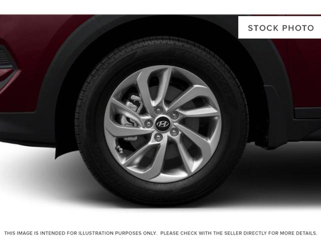 White[Winter White] 2018 Hyundai Tucson Left Front Rim and Tire Photo in Ottawa ON
